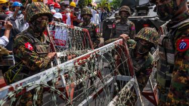 mianmar katonak puccs