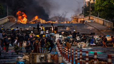mianmar puccs eroszak