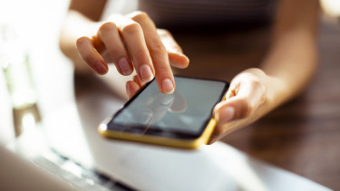 mobilbank mobiltelefon laptop digitális