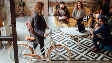 modern iroda bicikli