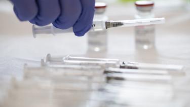 moderna vakcina védőoltás