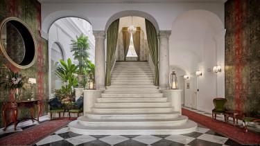 Mystery_Hotel_Budapest - 1