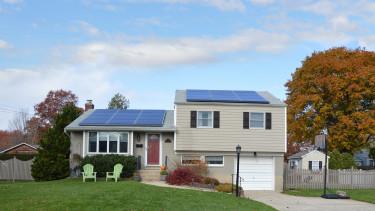 Nagy könnyítést jelentettek be a napelemes nulla százalékos hitelnél!