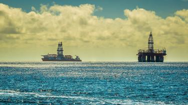 Nagy tervei vannak az olaj- és gázszektorban Kínának