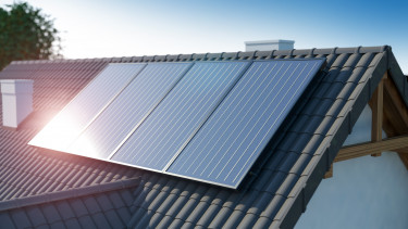 napelem ház tető