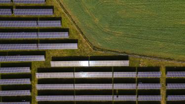 napelemparkcsurgo