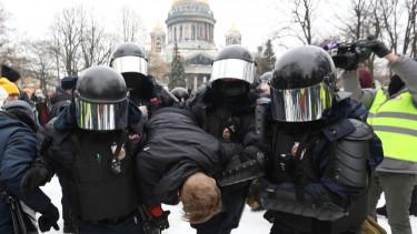 navalnij orosz tuntetesek vlagyimir putyin
