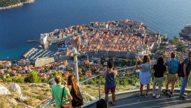 Négy európai város, ahol már annyi turista van, hogy lépni kellett