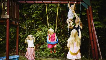 négy gyerek család anya adómentesség