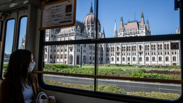 negy ok a magyar gazdasag tortenelmi visszaesesere