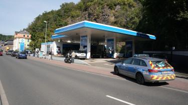 német benzinkút