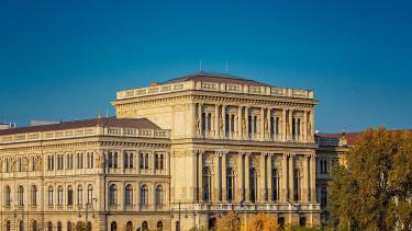 Nemzetközi szinten tiltakozik a Magyar Tudományos Akadémia