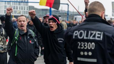 neonaci-csoport-nemetorszag-lengyelorszag-feheroroszorszag-hatar-migrans