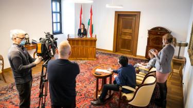novák katalin adómentesség szja fiatalok sajtótájékoztató karmelita