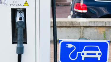 Number and use of electric chargers rise steeply in Hungary