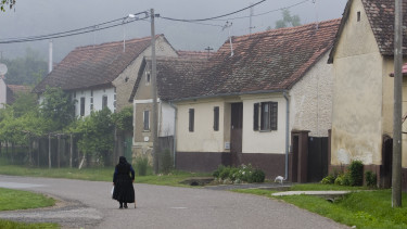 nyugdíj idős öreg falu getty stock