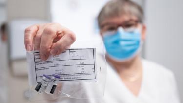 oltás vakcina oltásigazolás oltóanyag