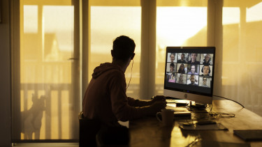 online konferencia videokonferencia