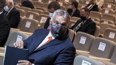 Orbán Viktor bled maszk járvány