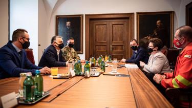 orbán viktor koronavírus járványügyi szakértők egyeztetés