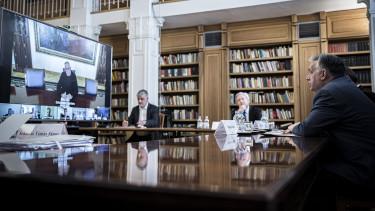 orbán viktor kutatók professzorok koronavírus gyógyszer