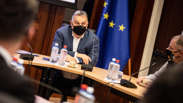 orbán viktor operatív törzs ülés döntés korlátozó intézkedés