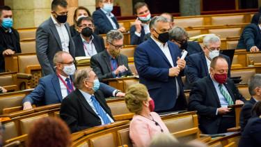 orbán viktor parlament koronavírus járvány