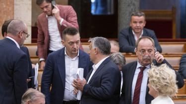 orbán viktor parlament rogán antal