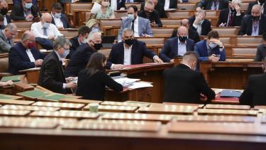 orbán viktor semjén zsolt parlament