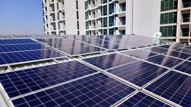 Óriási napelemes beruházásokat tervez az Elmű-ÉMÁSZ