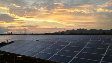 Országosan 110 naperőművet épít az MVM