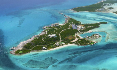 Over Yonder Cay sziget (privateislands.com)