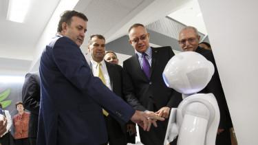 palkovics lászló itm robot
