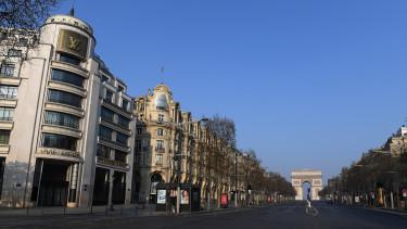 PárizsKoronavírus