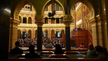 parlament adószabályok csomag