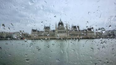 parlament eső hidegfront omsz