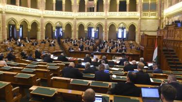 parlament országgyűlés költségvetés