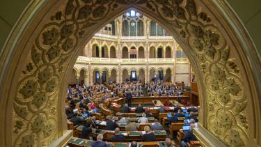 parlament országház törvényjavaslat