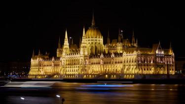 parlament sötét