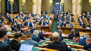 parlament szavaz járvány koronavírus