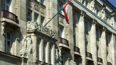pénzügyminisztérium józsef nádor tér