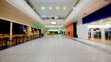 pláza belülről bevásárlóközpont