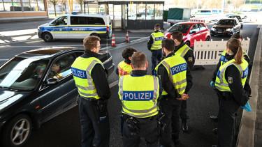 polizei svájc koronavírus határellenőrzás