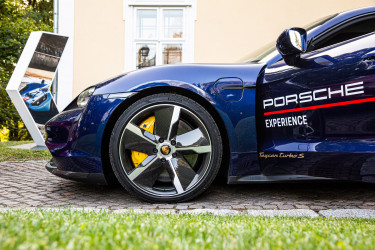 Porsche_driving_experience_200922_159