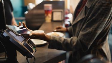 pos-terminál bankkártya mobilfizetés