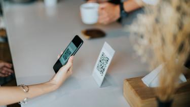 qr-kód mobilfizetés mobiltelefon azonnali fizetés