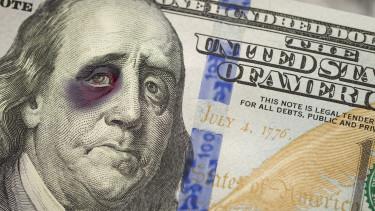 Ráijesztettek Amerikára, be is szakadt a dollár - Hamarosan lépnie kell a Fednek?