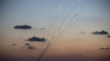 rakétatámadás