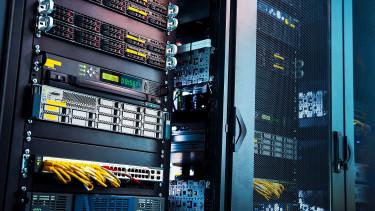 Rejtélyes hackerek fosztogatják a bankokat, már 2,6 milliárd forintnyi összeget lenyúltak