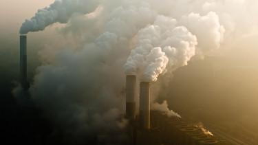 Rekordot dönthet a szén-dioxid-kibocsátás 2018-ban